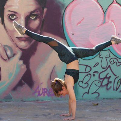 Handstand Judith Secanell Barcelona Oysho